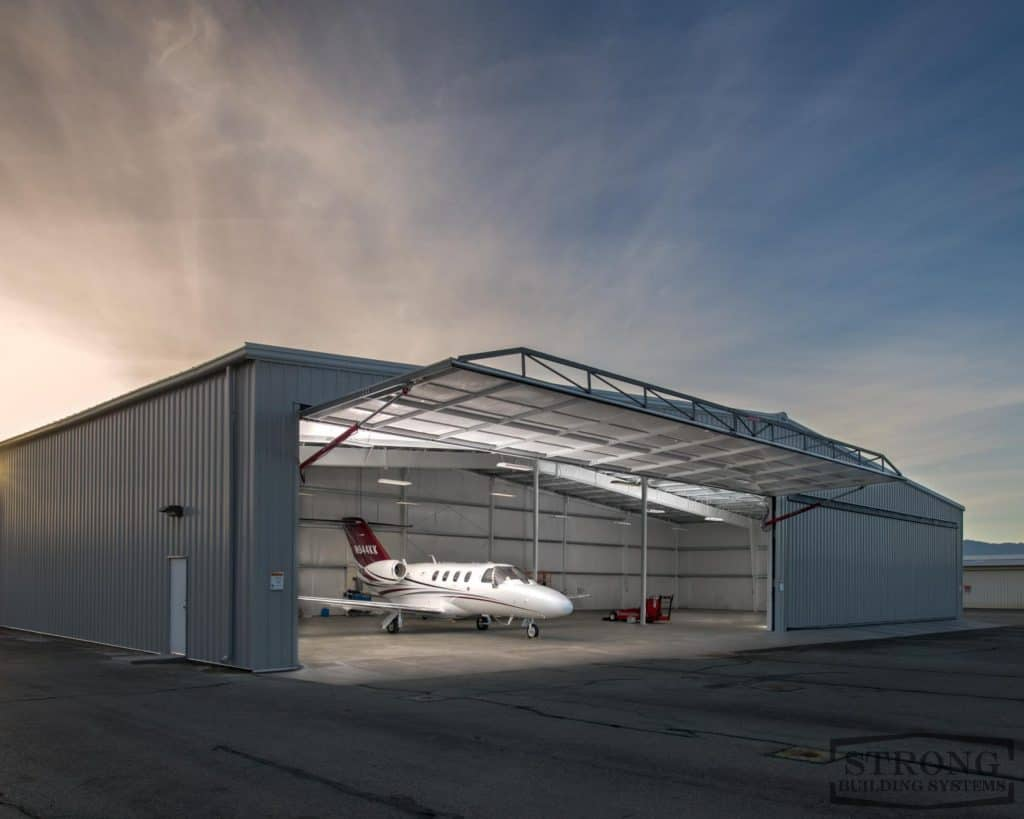 airplane-hangar-2500-x-2000-5