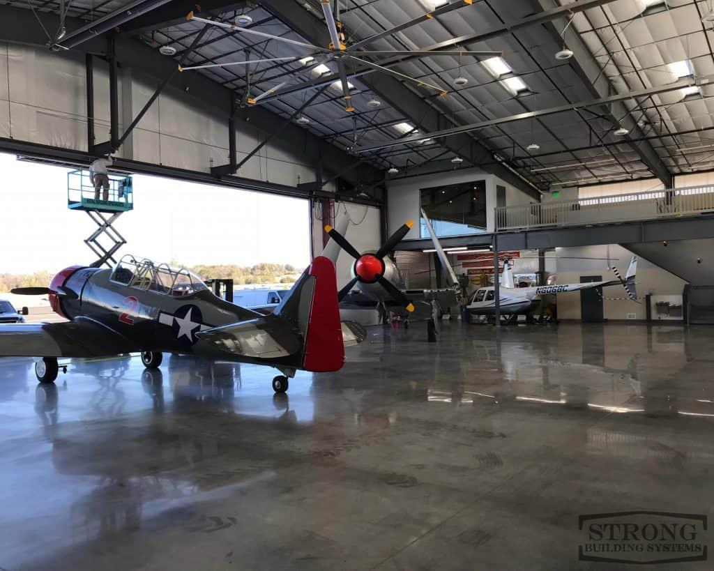 airplane-hangar-2500-x-2000-6