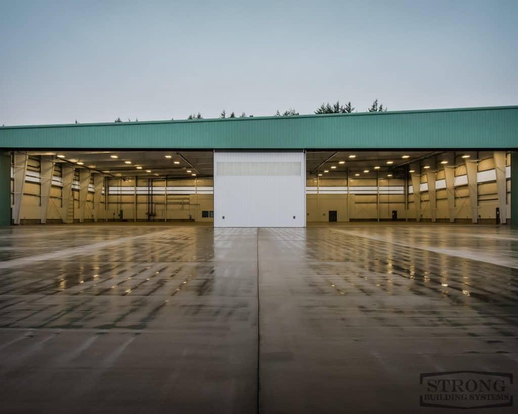 airplane_hangar_-_2500_x_2000_-_9