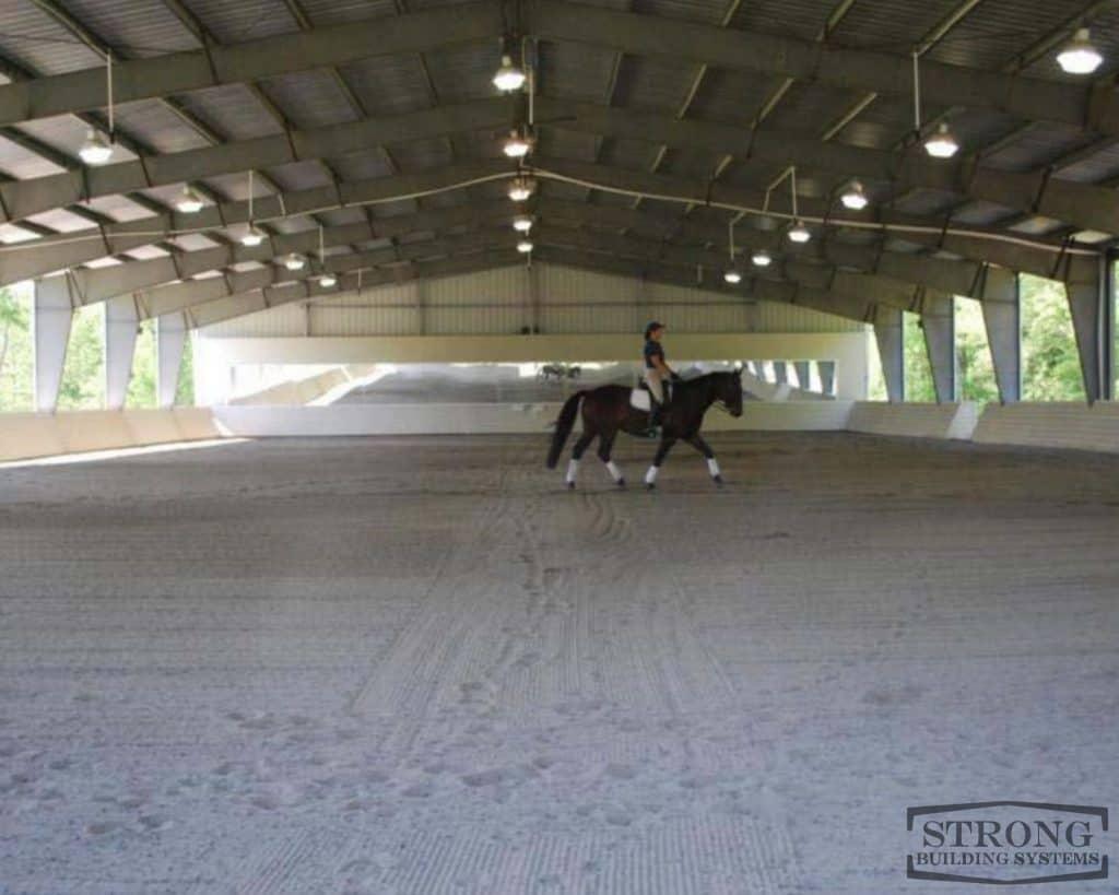 indoor riding arena - 2500 x 2000 - 1