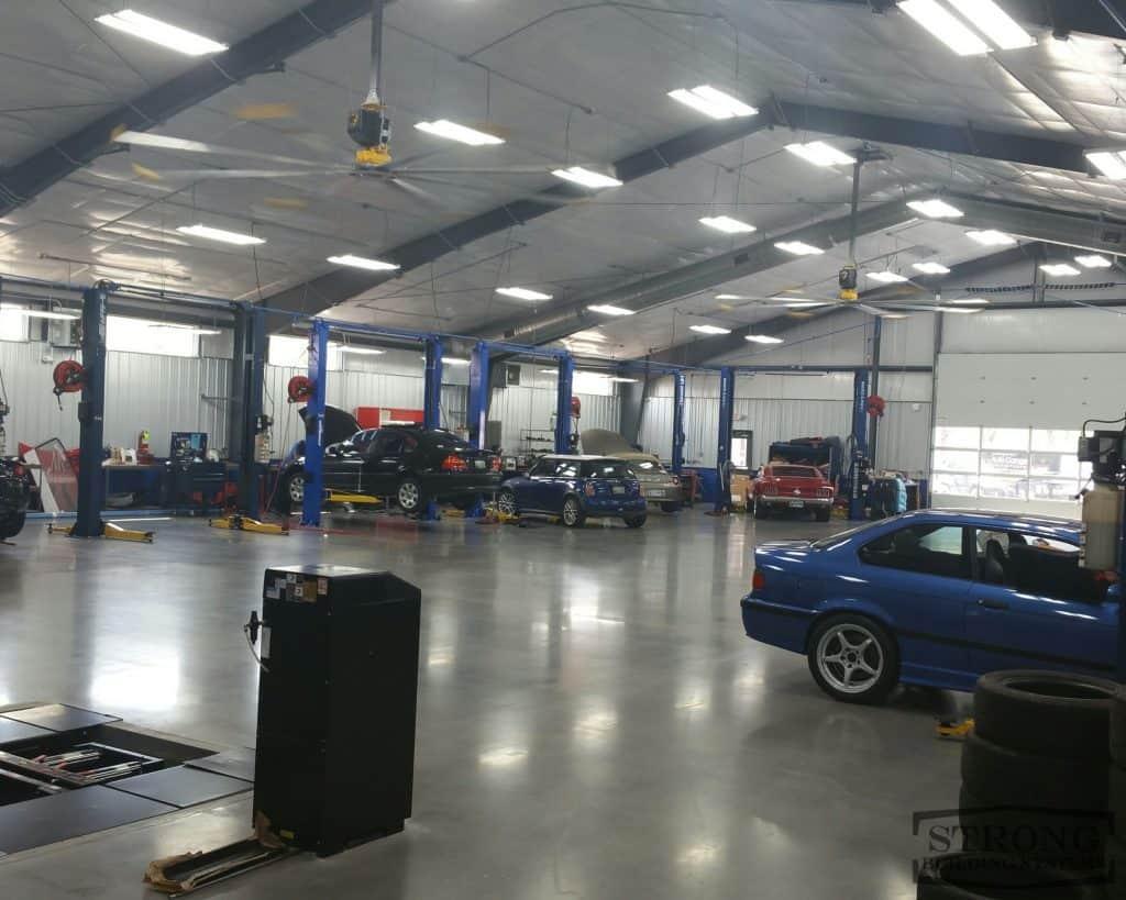 mechanic garage - 2500 x 2000 - 4