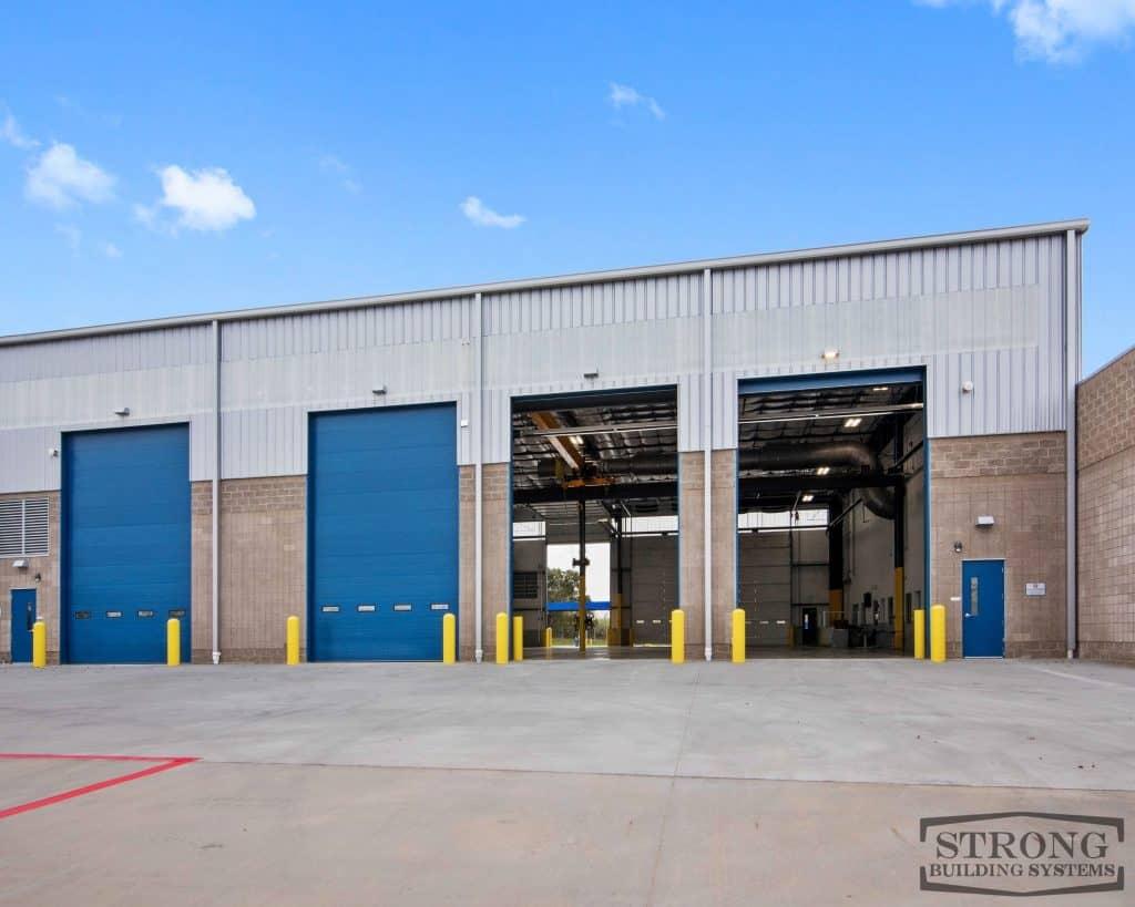 mechanic garage - 2500 x 2000 - 6