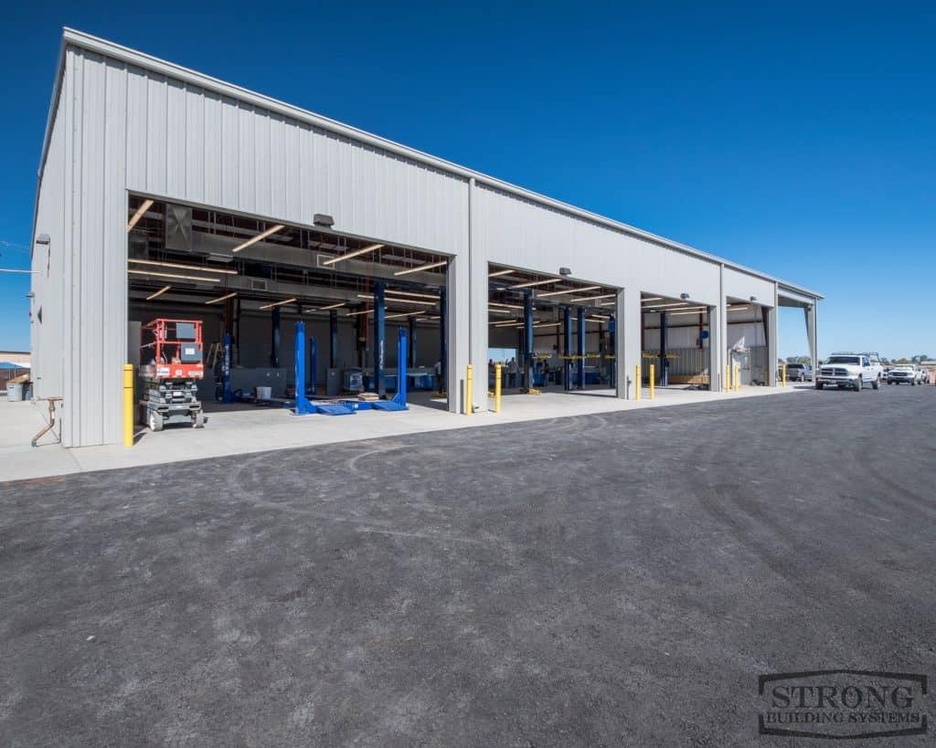 steel mechanic garage