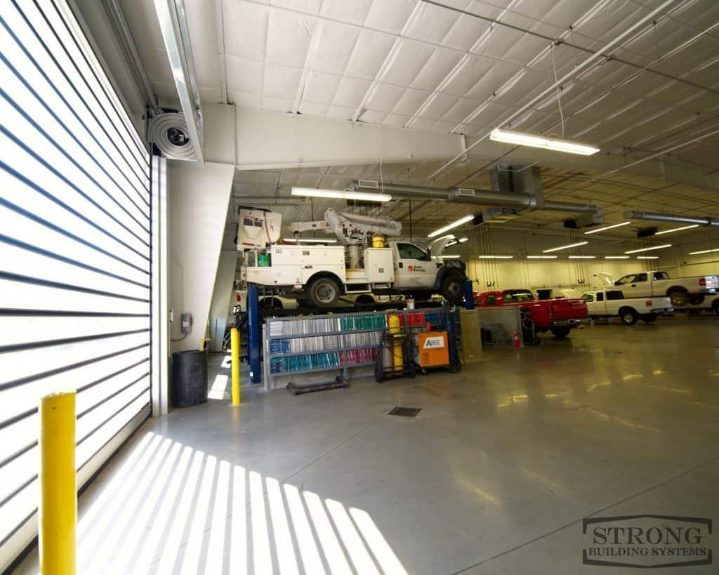 mechanic garage - 2500 x 2000 - 8