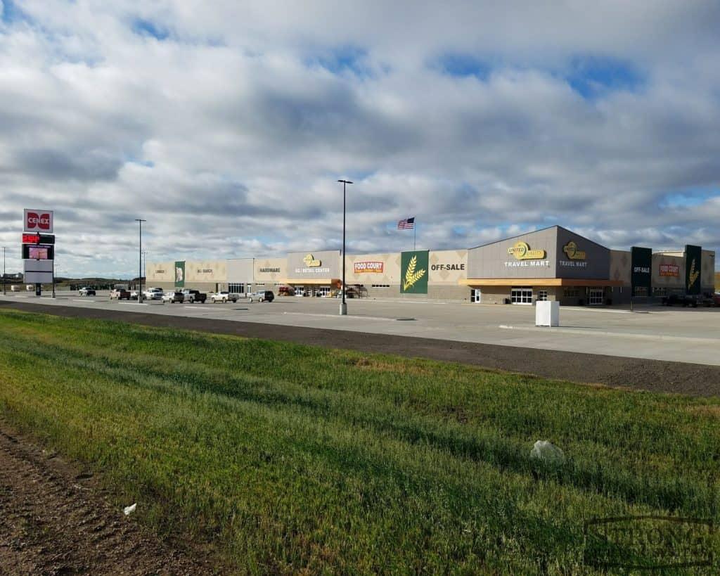 retail warehouse - 2500 x 2000 - 1